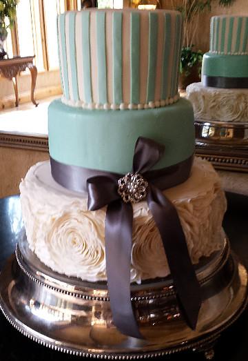 Heritage Wedding Cakes  Fancy Turquoise Cake Wedding Cakes