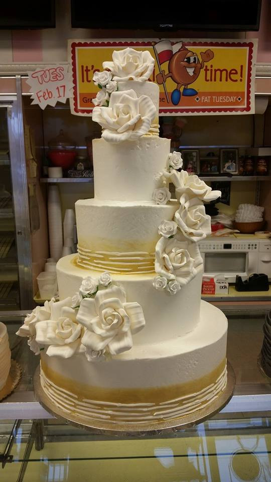 Heritage Wedding Cakes  Heritage Bakery · Livonia s best cakes cupcakes cookies