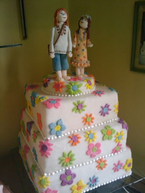 Hippie Wedding Cakes  17 Best images about Fondant Hippie on Pinterest