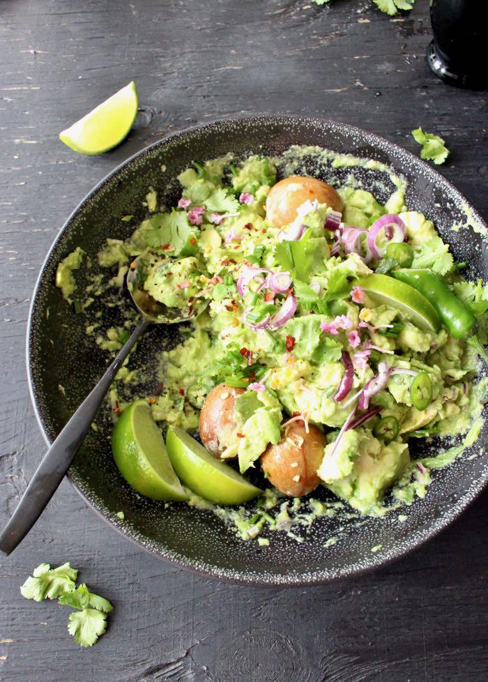 Homemade Guacamole Healthy  Healthy Homemade Guacamole Recipe VIDEO • CiaoFlorentina