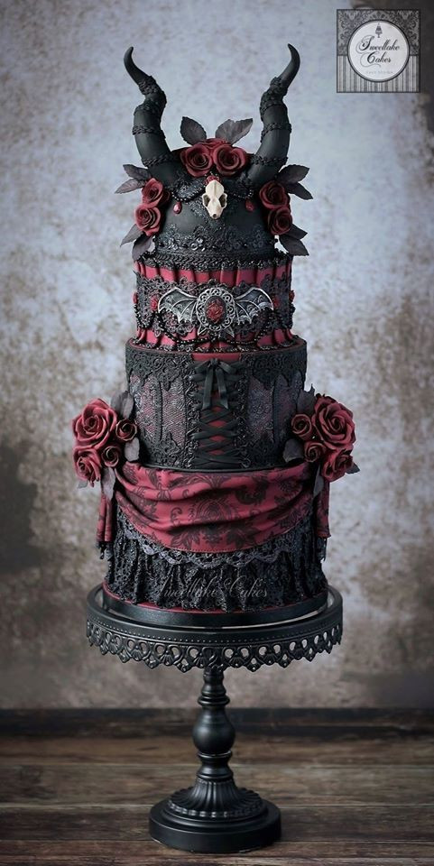 Horror Wedding Cakes  Cake Horror Cakes Weddbook