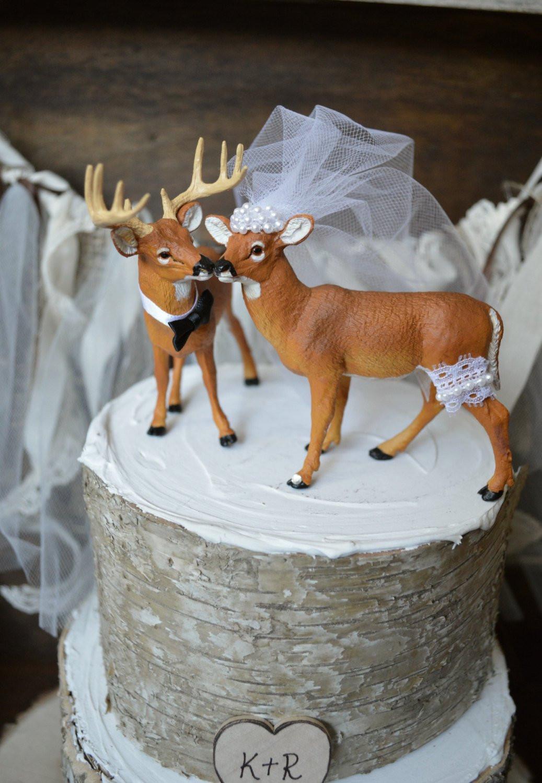 Hunting Wedding Cakes  Deer wedding cake topper Hunting wedding cake topper Deer
