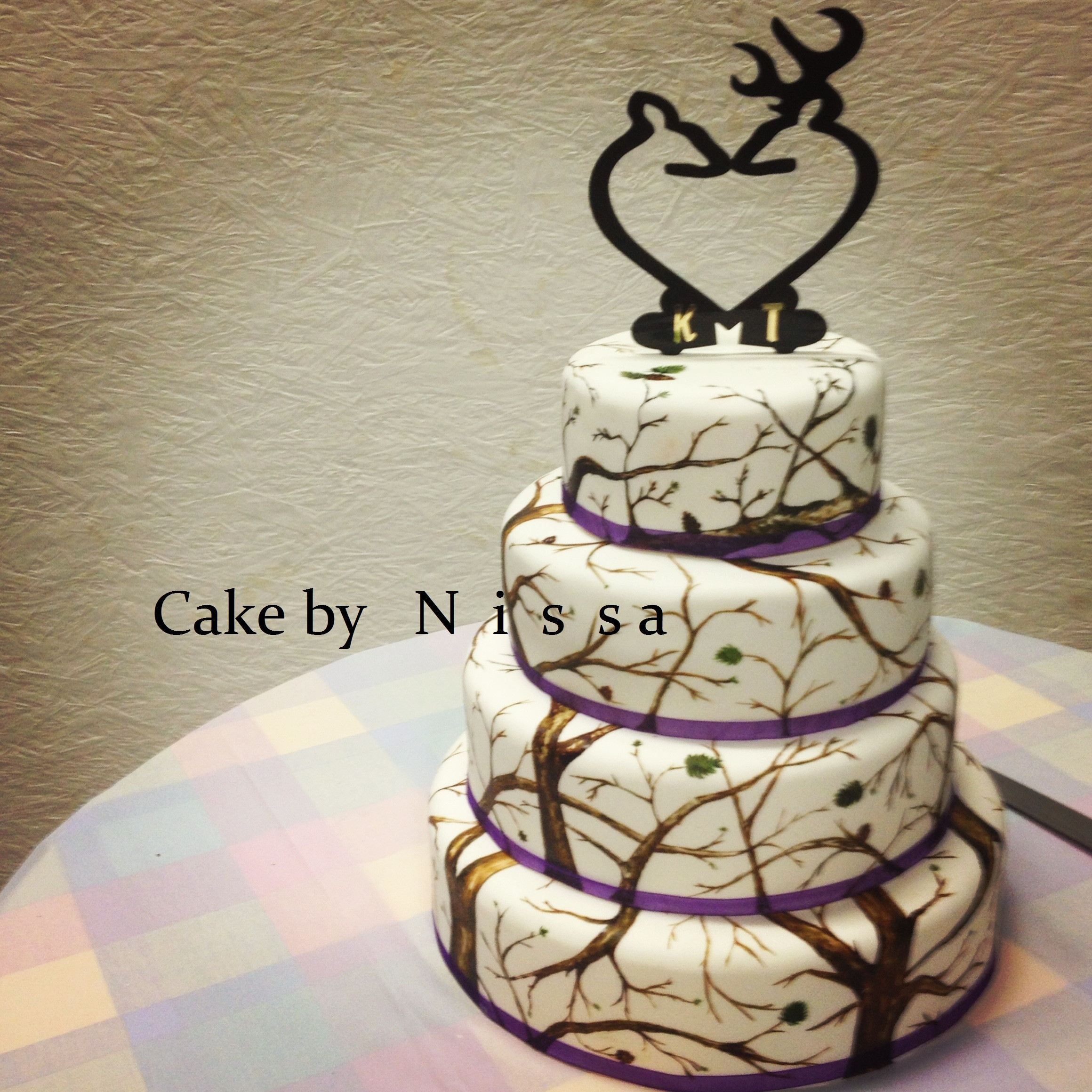 Hunting Wedding Cakes  Camo CakeCentral