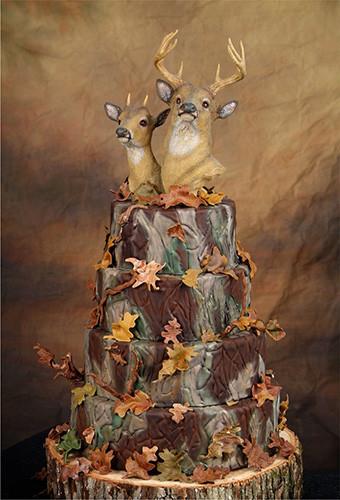 Hunting Wedding Cakes  10 Awesome Hunting Wedding Cakes