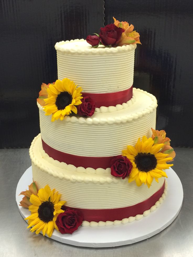 Hy Vee Bakery Wedding Cakes  17 Best images about Bakery Department Wedding Cakes on
