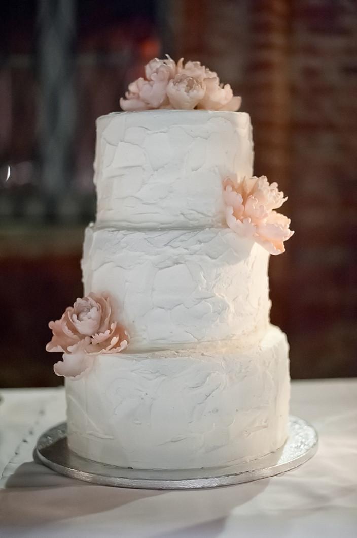 Hy Vee Wedding Cakes  ILARIA ANDREA Laura Bravi Events