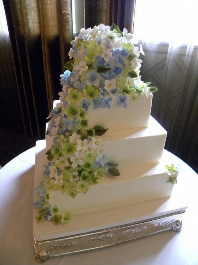 Hydrangeas Wedding Cakes  Wedding Cakes Hydrangea Cake Weddbook