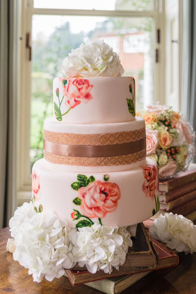 Iced Wedding Cakes  Naked or Iced Wedding Cakes