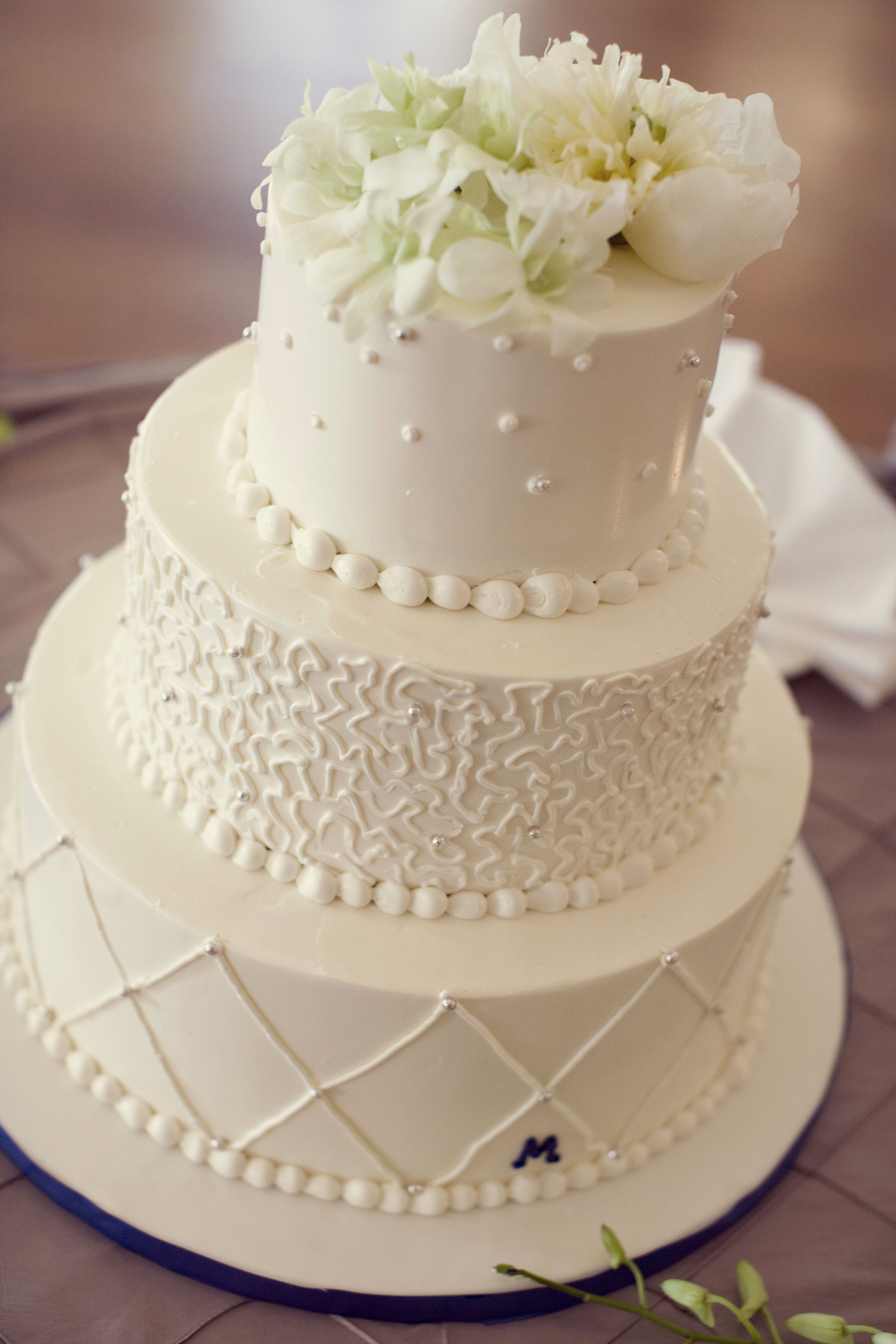 Icing Wedding Cakes  Wedding Cake Icing Recipe