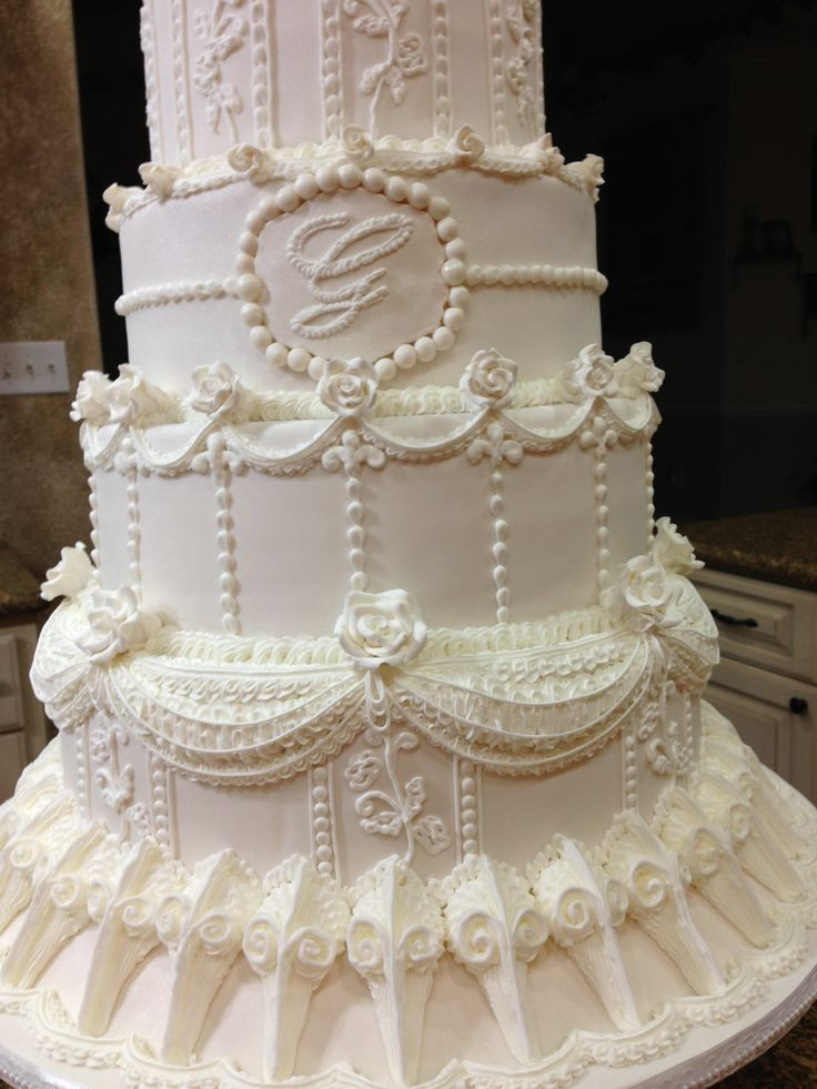 Icing Wedding Cakes  Royal icing wedding cake idea in 2017