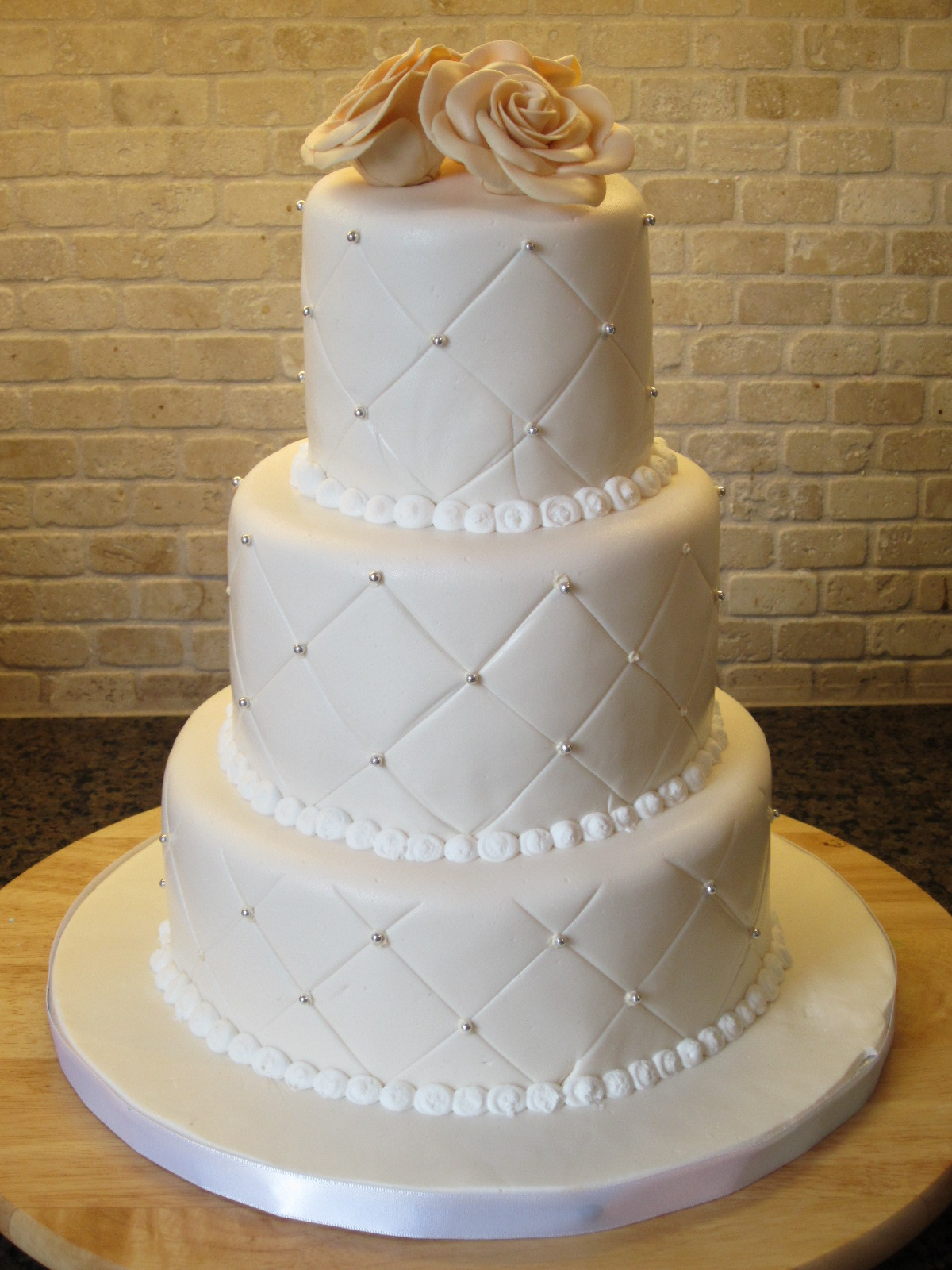 Images Of Wedding Cakes  White Pearl Wedding Cake Has Wedding Cakes Ideas on with