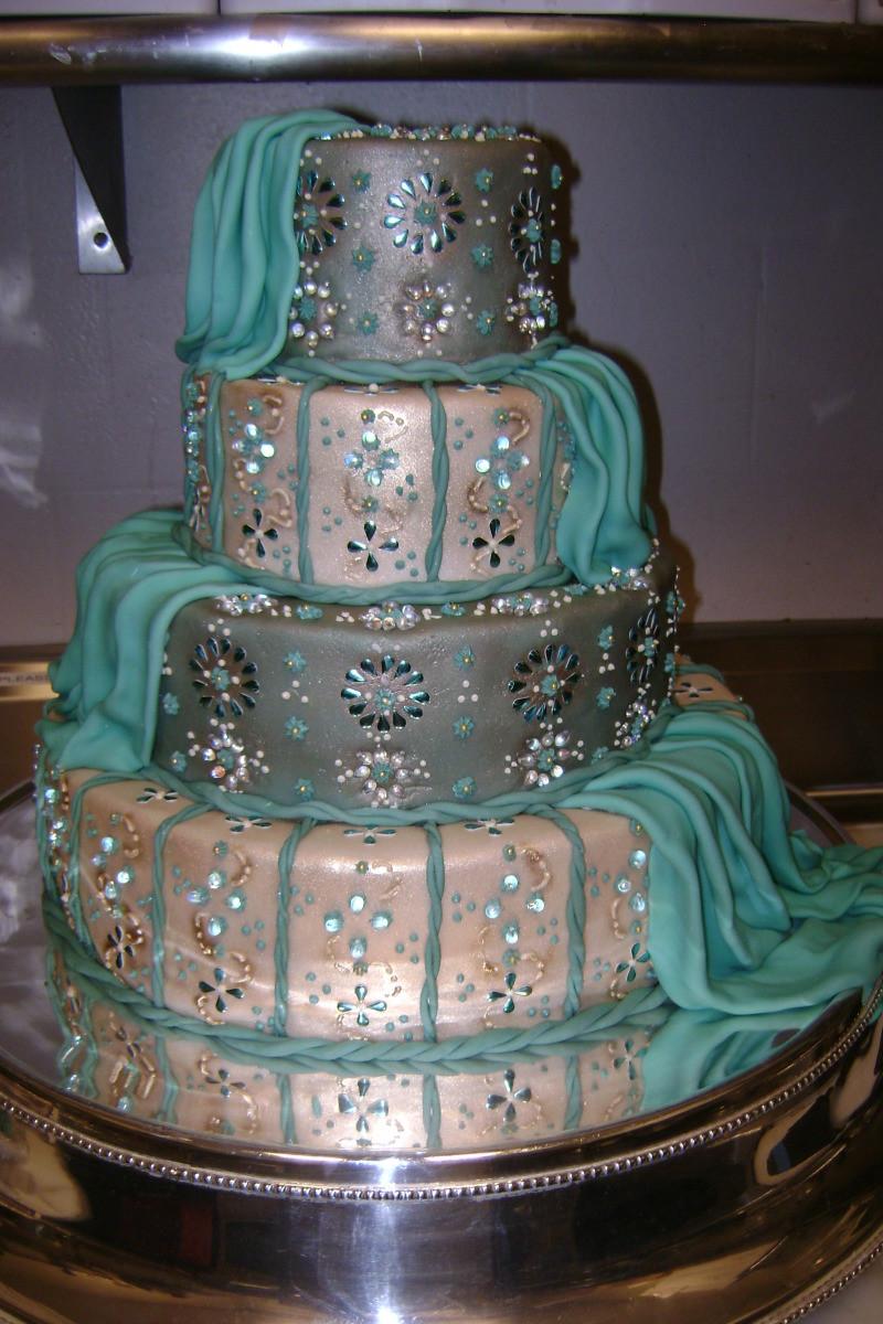 Indian Wedding Cakes  Nailya s blog burberry inspired wedding british chic