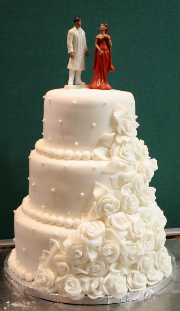 Indian Wedding Cakes  Indian Wedding Cake 2