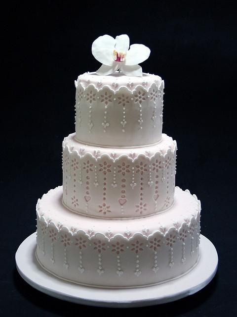 Ingles Wedding Cakes  bordado ingles orquidea by Vera Figueredo aquela q faz