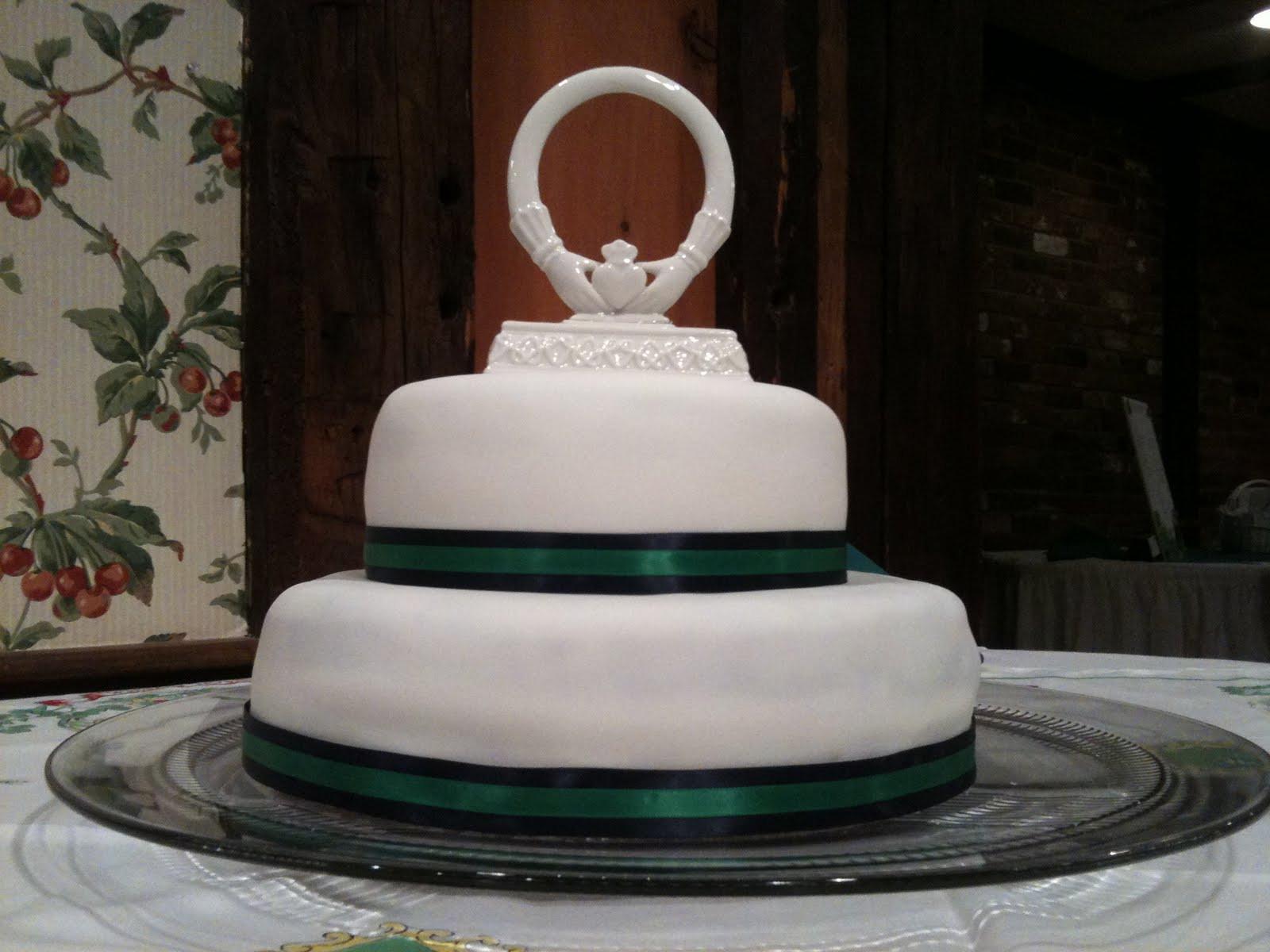 Irish Wedding Cakes  Real McCoy Cakes Irish Wedding Cake March 2011