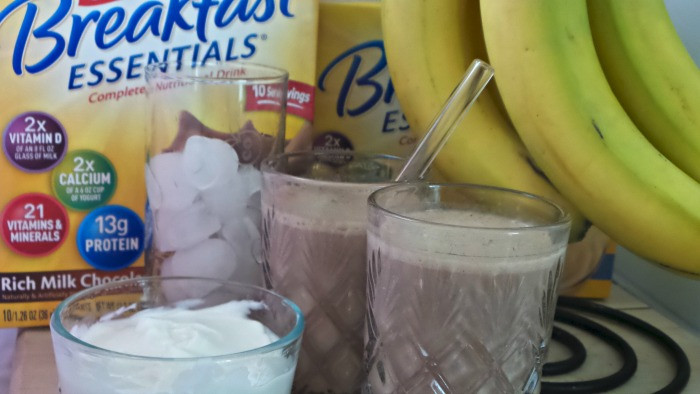 Is Breakfast Essentials Healthy  Healthy Breakfast Smoothie under 325 Calories with