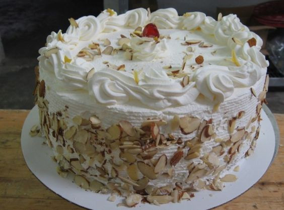Italian Cream Wedding Cake Recipe  ITALIAN RUM CREAM CAKE by Freda Recipe
