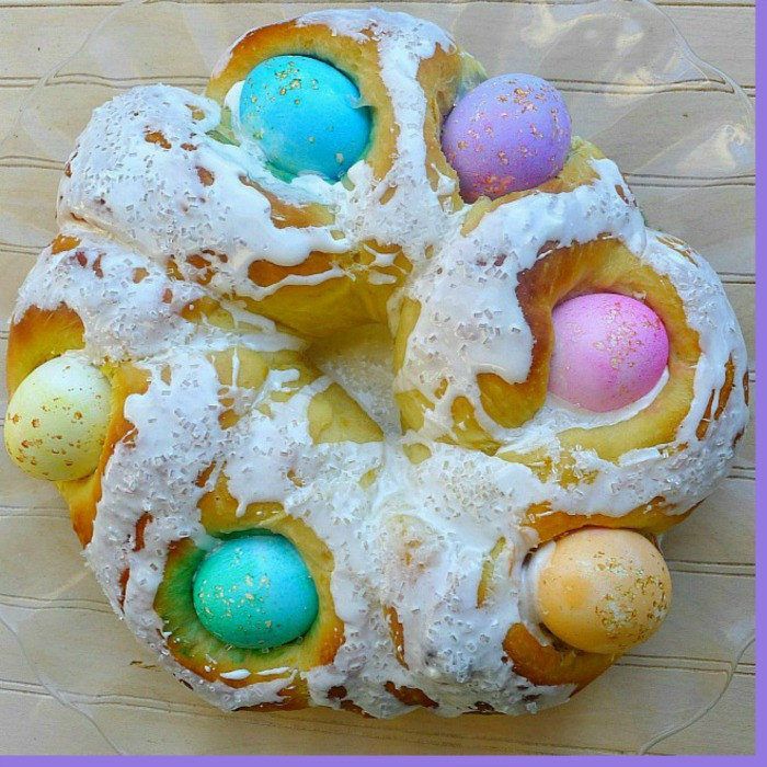 Italian Easter Bread With Eggs  Italian Easter Bread with Eggs