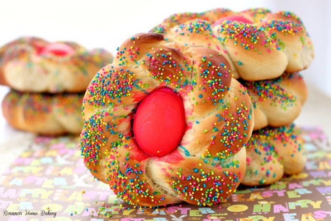 Italian Easter Bread With Eggs  Pane di Pasqua Italian Easter bread recipe