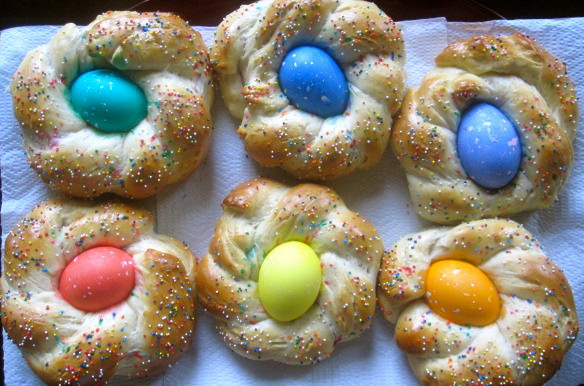 Italian Easter Bread With Eggs  The Cultural Dish Buona Pasqua Happy Easter with Italian