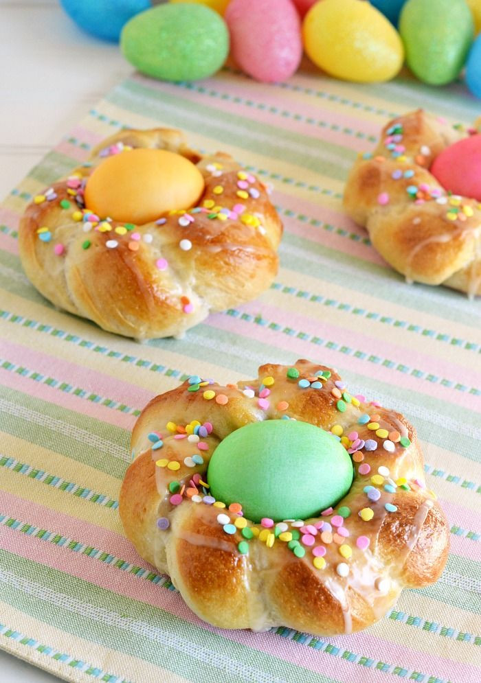 Italian Easter Bread With Hard Boiled Eggs  8 best images about Easter on Pinterest