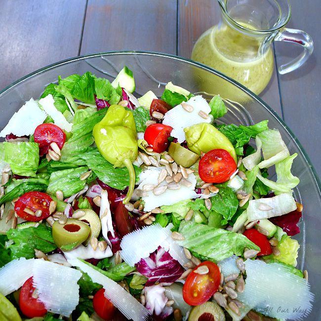 Italian Summer Salads  Italian Summer Salad With Basil Dressing