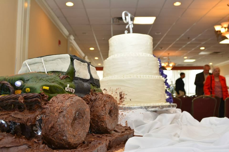"Jeep Wedding Cakes  ""Go and sell what you have "" How to Make a Jeep Grooms"