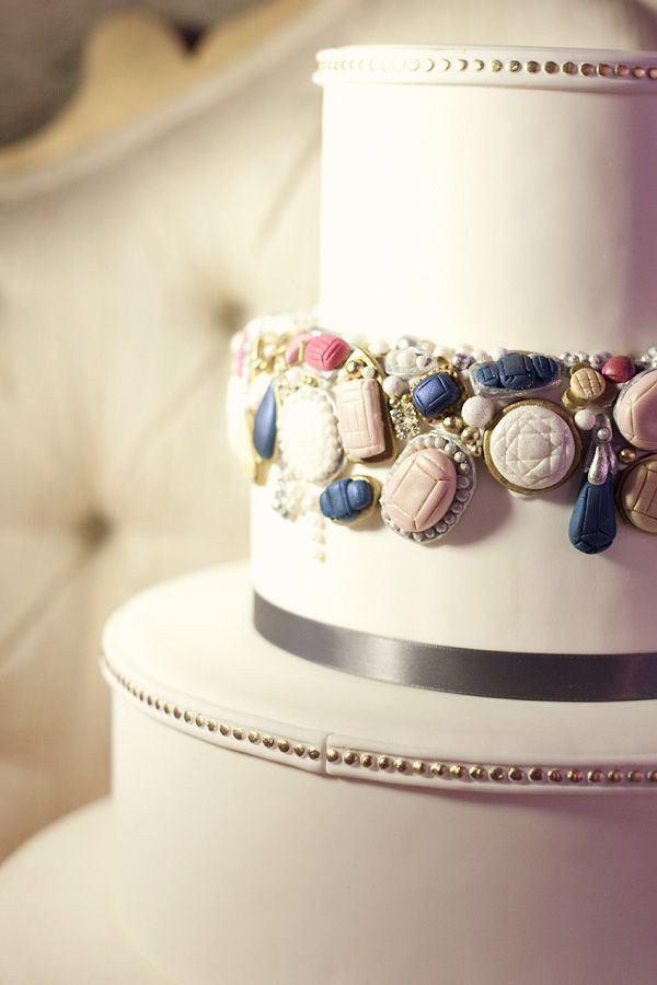 Jewel Wedding Cakes  Top 20 Cakes with Sophisticated Jewelries or Bling Page