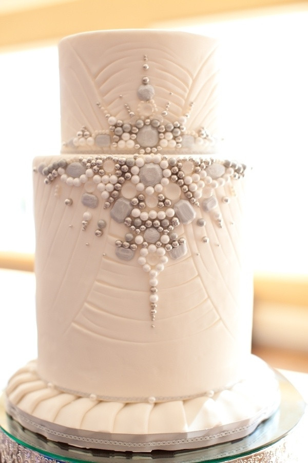Jewel Wedding Cakes  Best 25 Jewel cake ideas on Pinterest