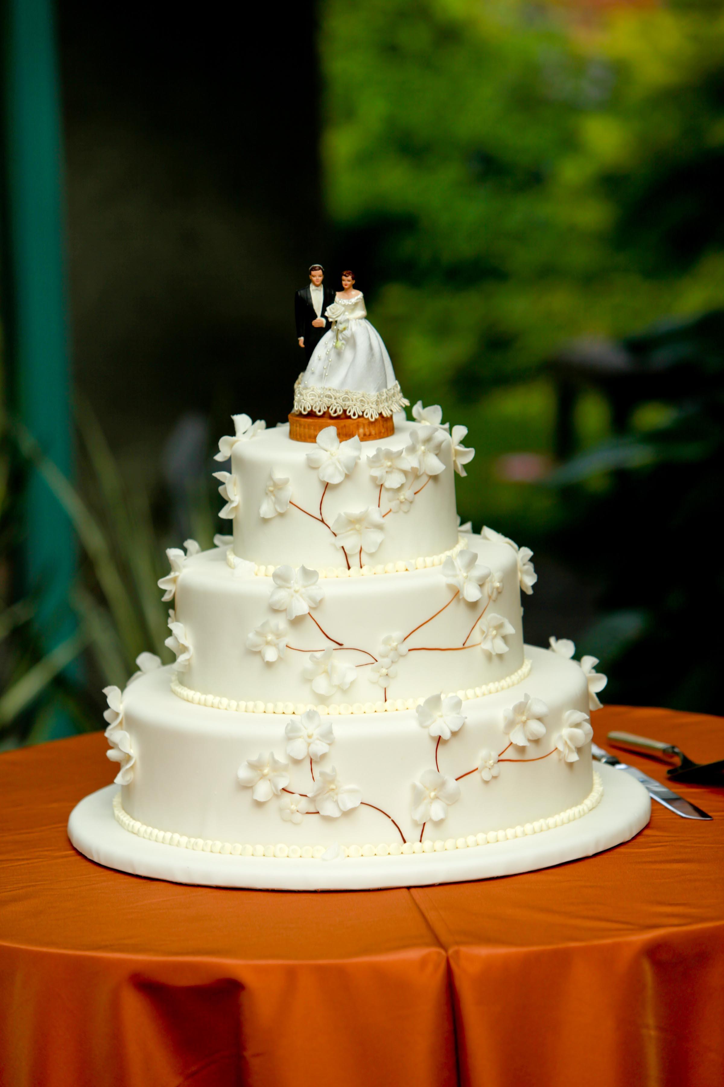 Jewish Wedding Cakes  Real Simple Wedding Cakes