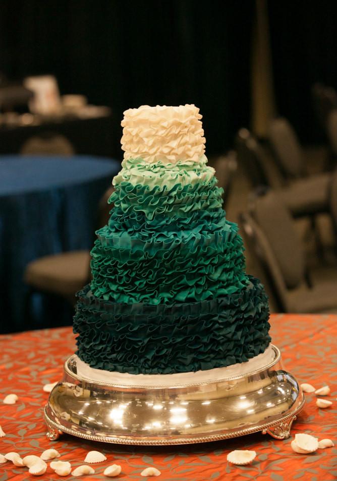 Jewish Wedding Cakes  5 Modern Jewish Wedding Cake Trends for 2016