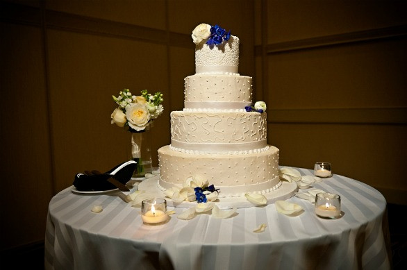 Jewish Wedding Cakes  Washington DC Area Modern Jewish Wedding from Ever After