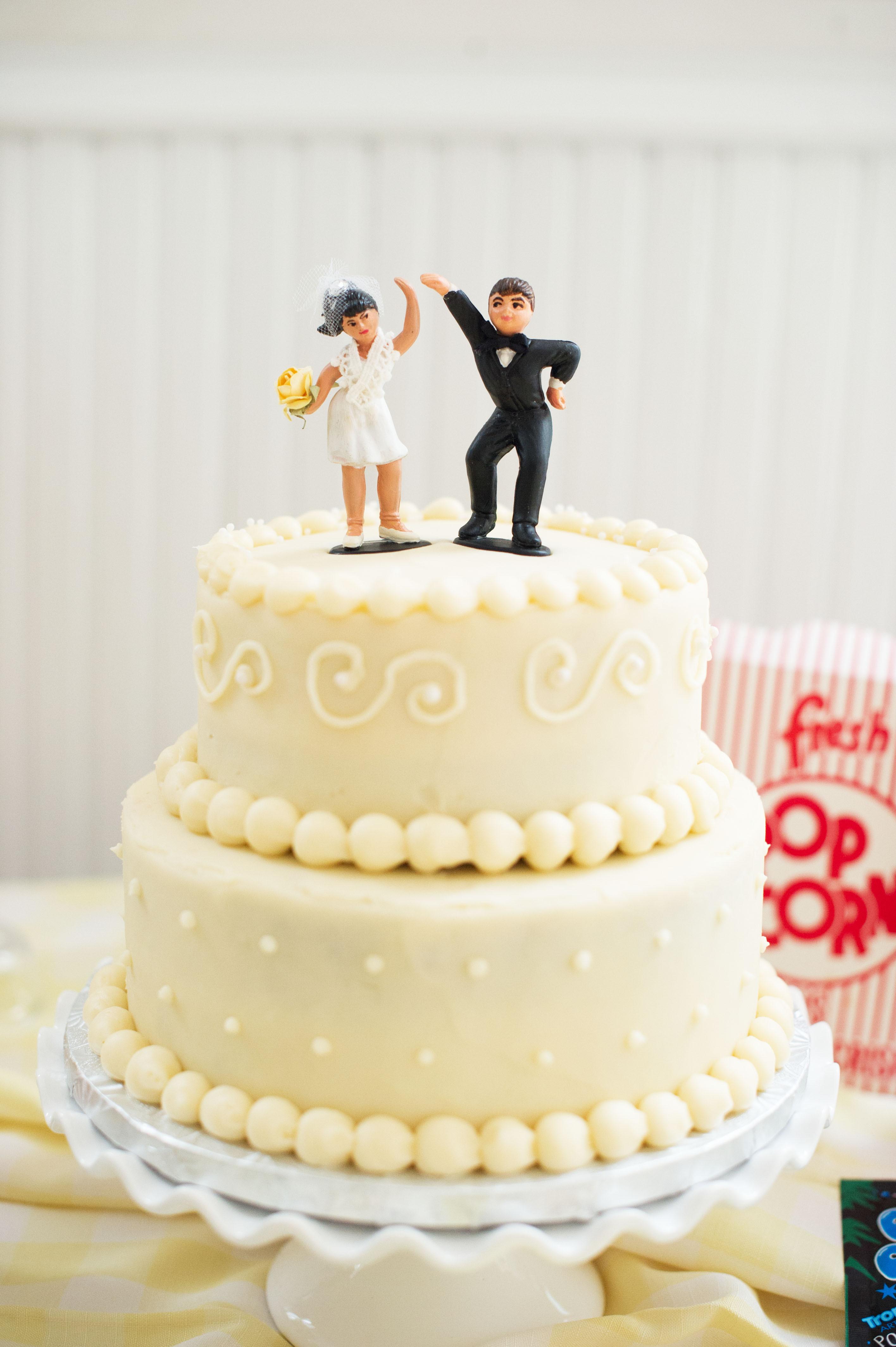 Jewish Wedding Cakes  Lisa & Jeremy's Vintage 50s Inspired Jewish Wedding