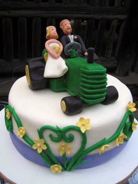 John Deere Wedding Cakes  John Deere cake Wedding Ideas