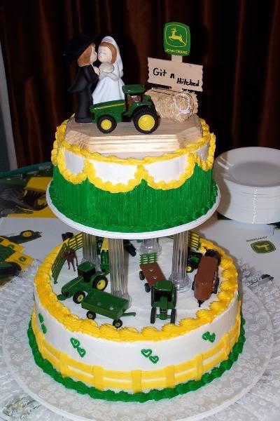 John Deere Wedding Cakes  john deere wedding cupcakes