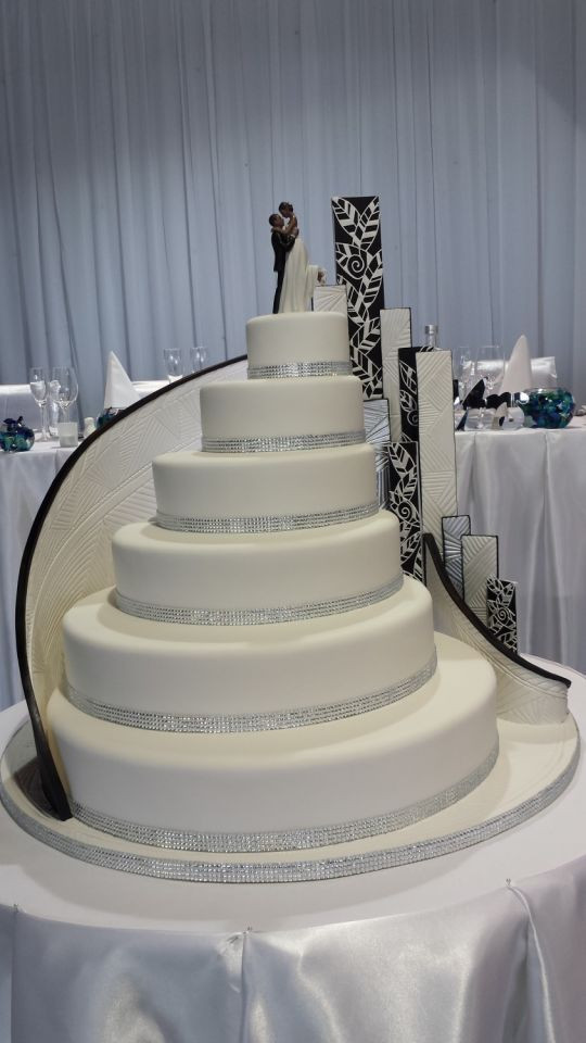 Large Wedding Cakes  Huge wedding cake Cake by Paul Delaney of Delaneys