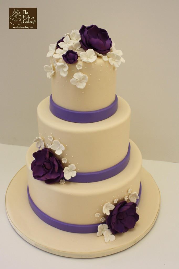 Lavender Wedding Cakes Pictures  Ivory & Lavender Wedding Cake