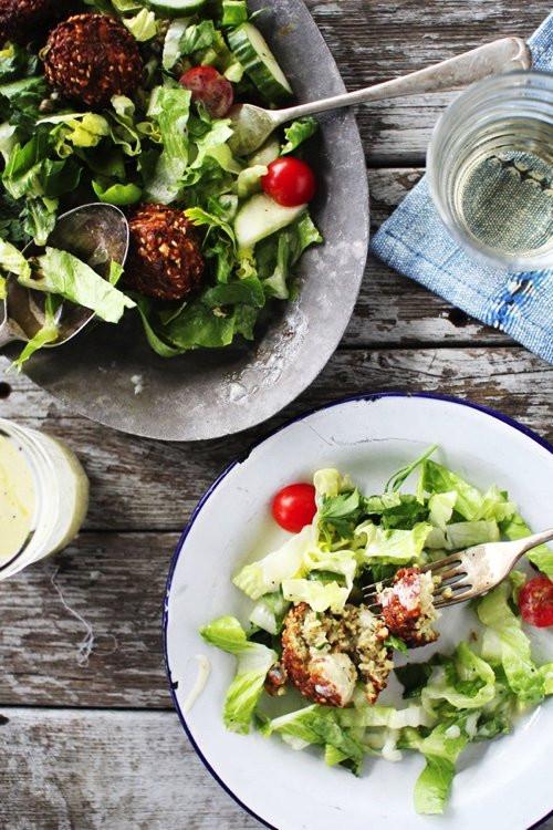 Light Summertime Dinners  Light & Easy Summer Dinner Recipes To Try