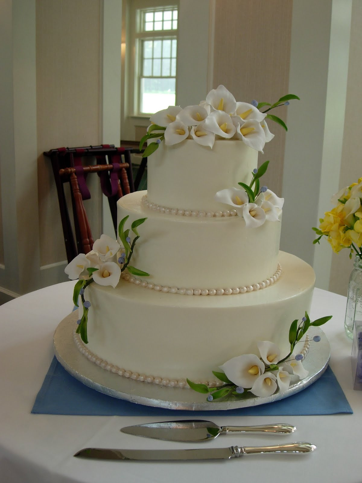 Lilly Wedding Cakes  Artisan Bake Shop Wedding Cake Buttercream Tiers with