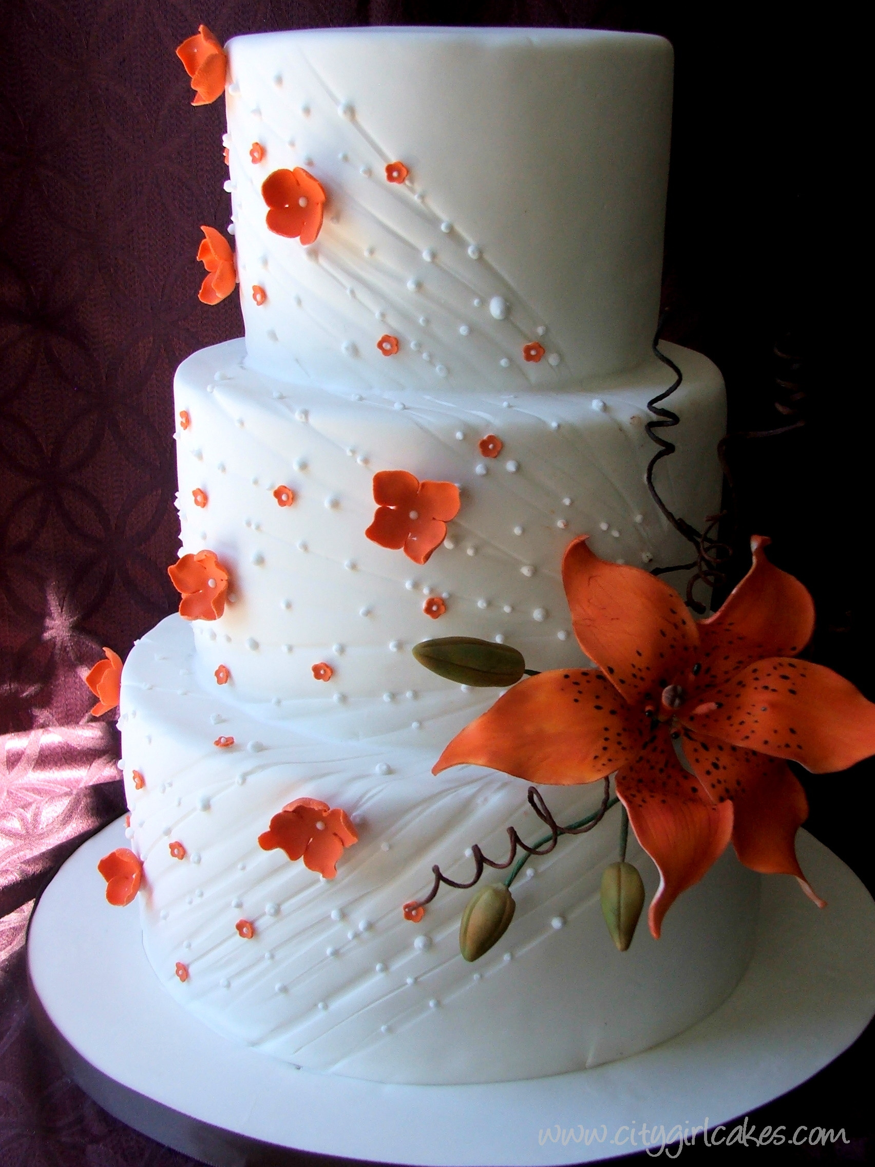 Lilly Wedding Cakes  Tipping the Love Scale – Tiger Lily Wedding Cake