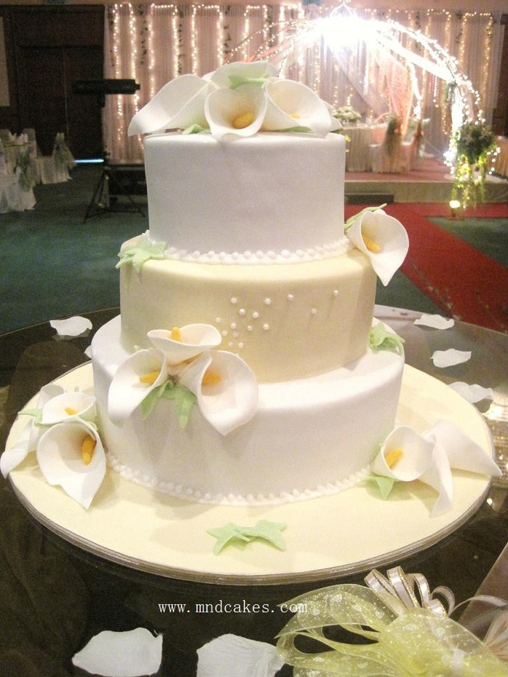 Lilly Wedding Cakes  Wedding Cake Calla Lily White Yellow Cream