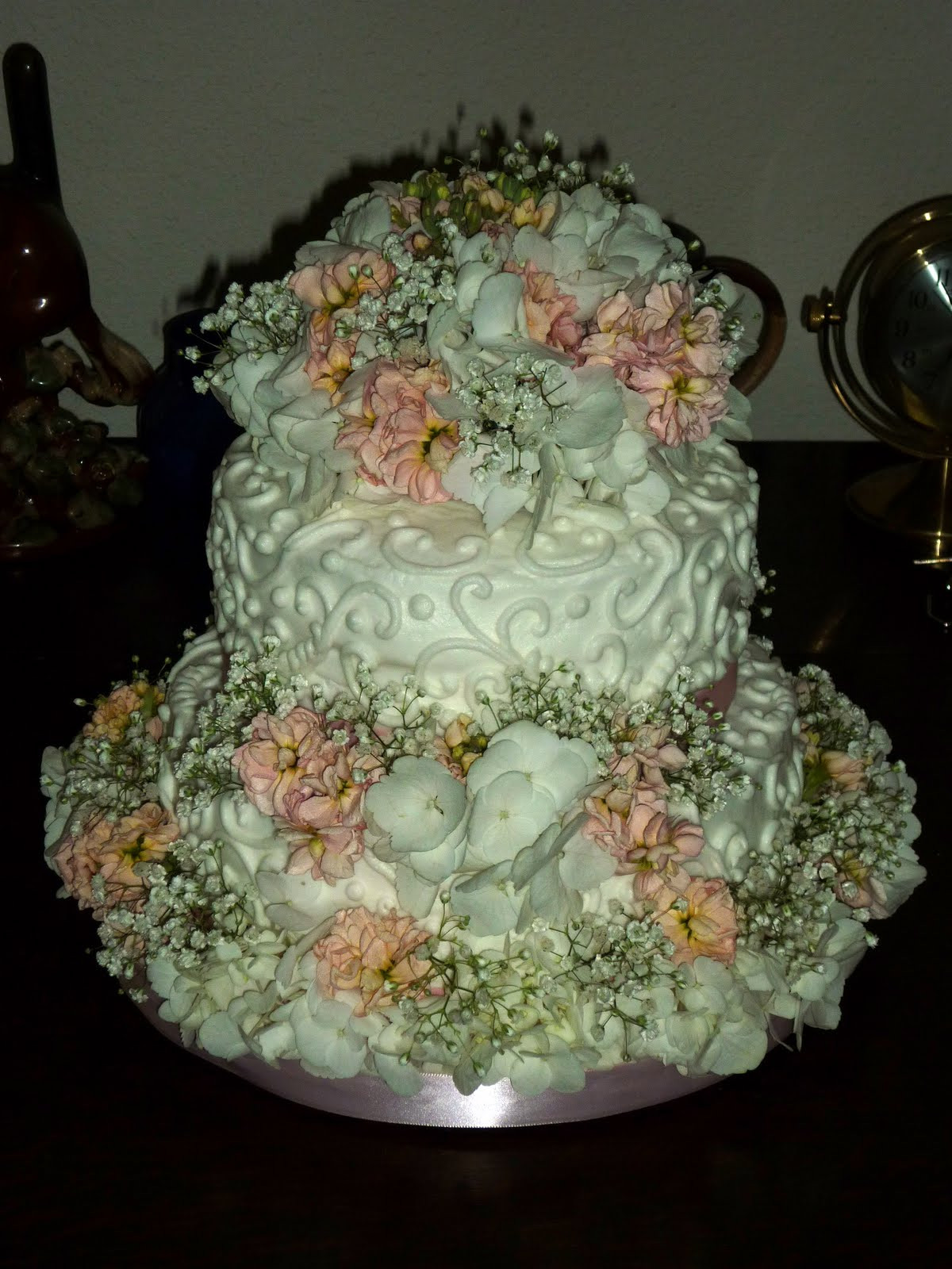 Little Wedding Cakes  How to make a small wedding cake idea in 2017