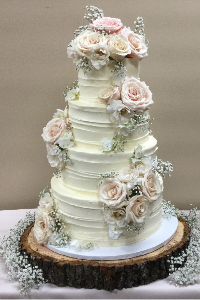 Local Wedding Cakes  Reasons to Consider a Local Wedding Cake Bakery Southern