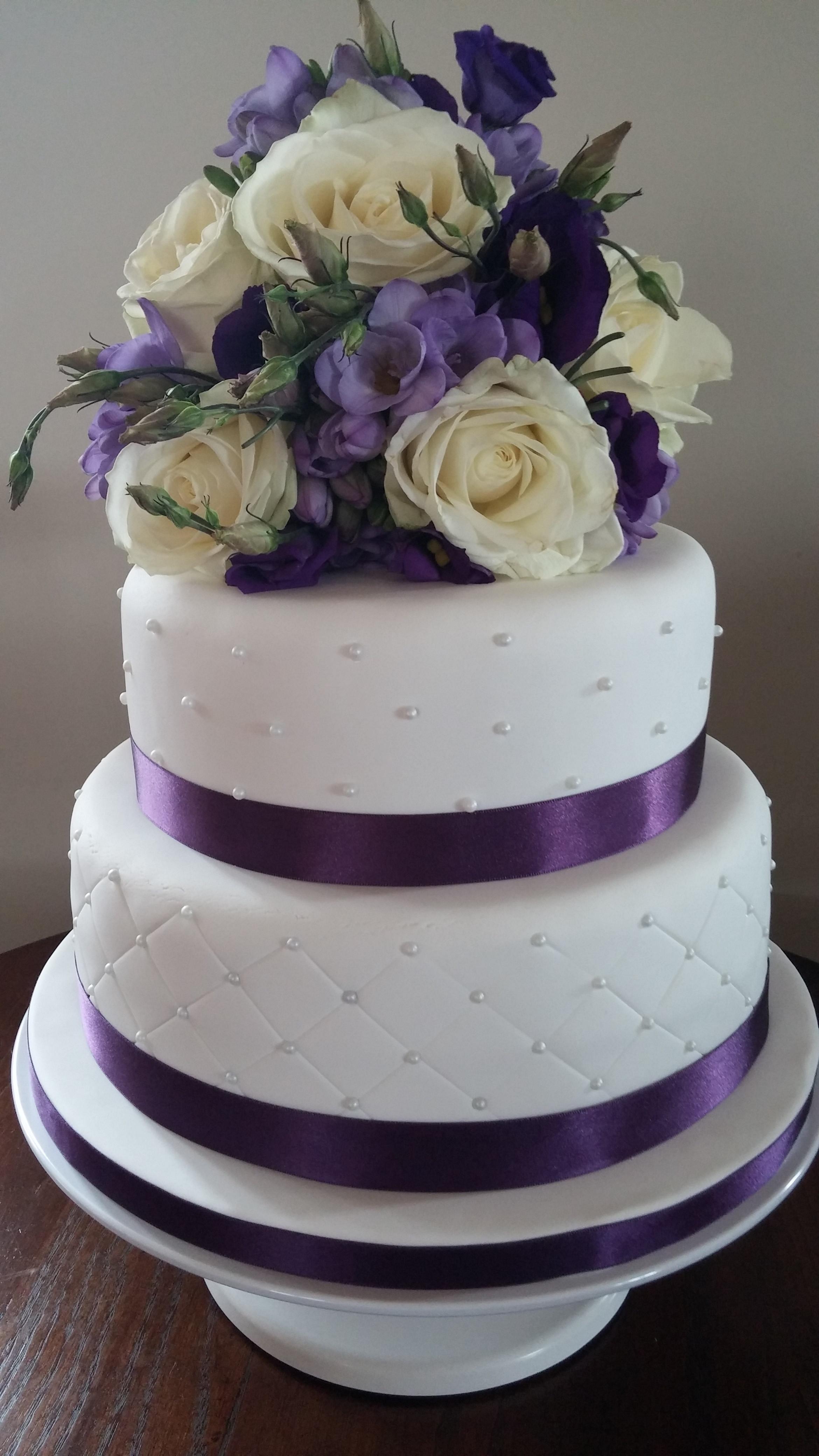 Local Wedding Cakes  Local Wedding Cake Bakeries