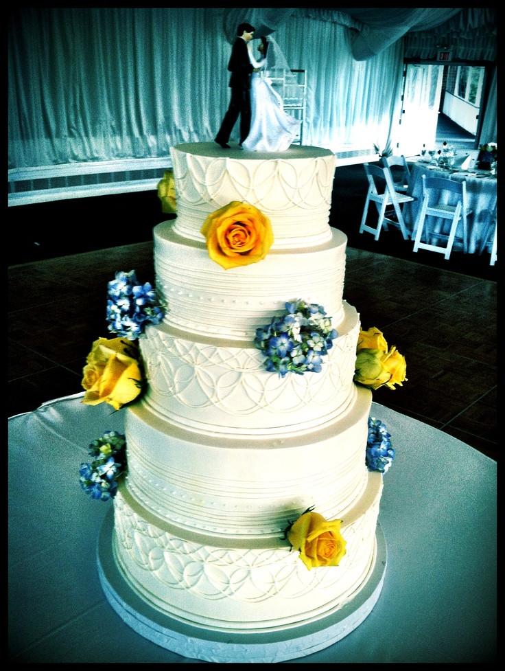 Lovin Oven Wedding Cakes  29 best Wedding Cakes images on Pinterest