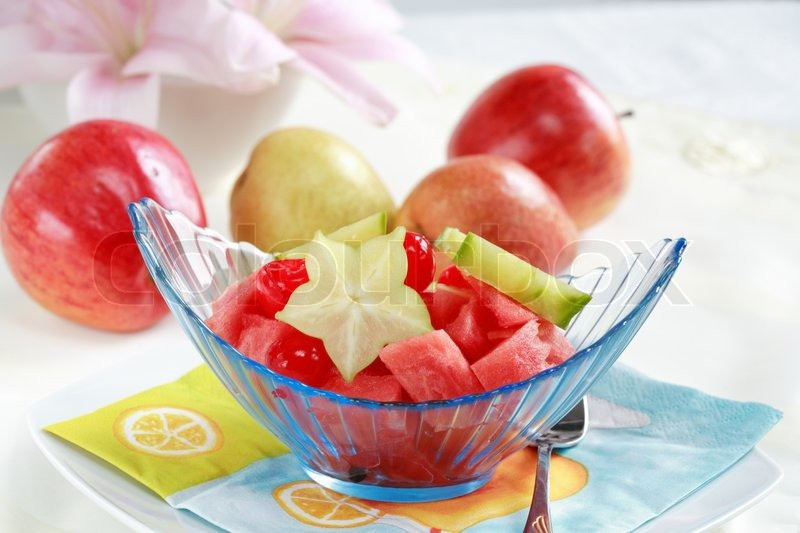 Low Calorie Summer Desserts  Light fruit dessert for hot summer with low calorie
