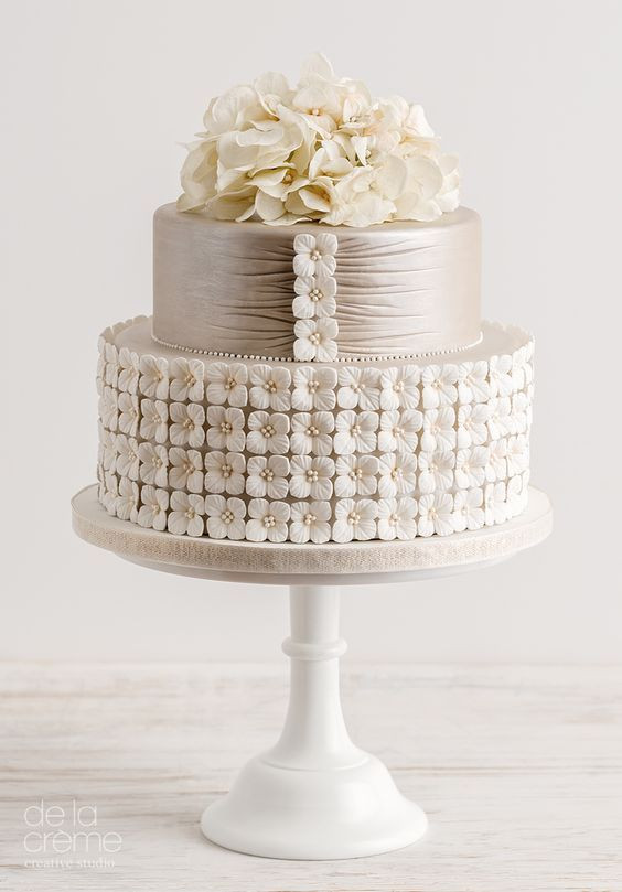 Lowes Foods Wedding Cakes  1000 ideas about Two Tier Cake on Pinterest