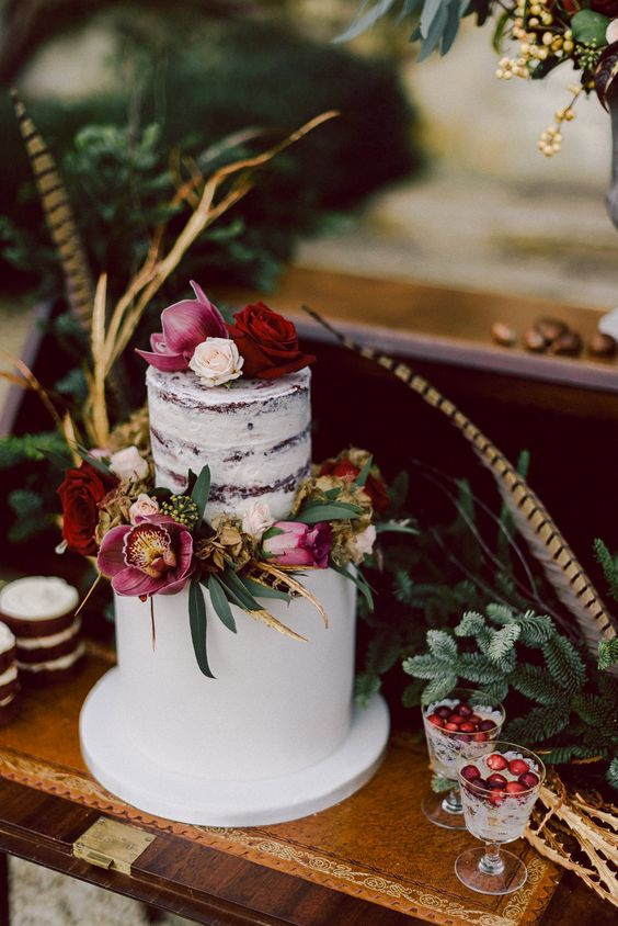 Lowes Foods Wedding Cakes  Cornwell Manor Winter Wedding Cotswolds Chris Scuffins