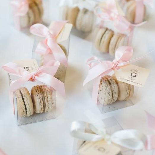 Macaroons Wedding Favors  Cinnamon Girls 4 U Macaroon Wedding favours