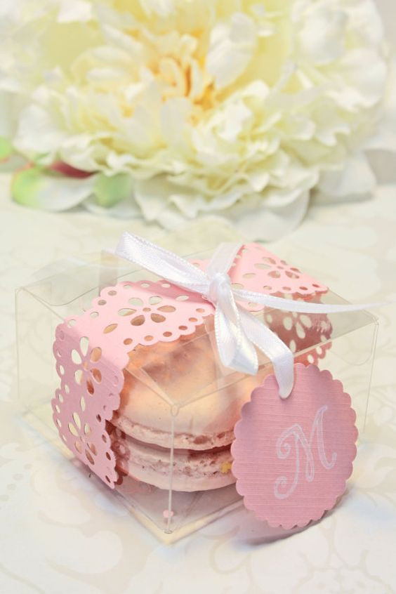Macaroons Wedding Favors  Wedding Macarons 30 Ways To Dazzle Your Guests